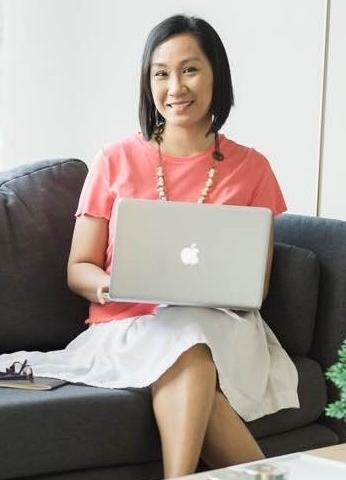 Martine De Luna, Writer