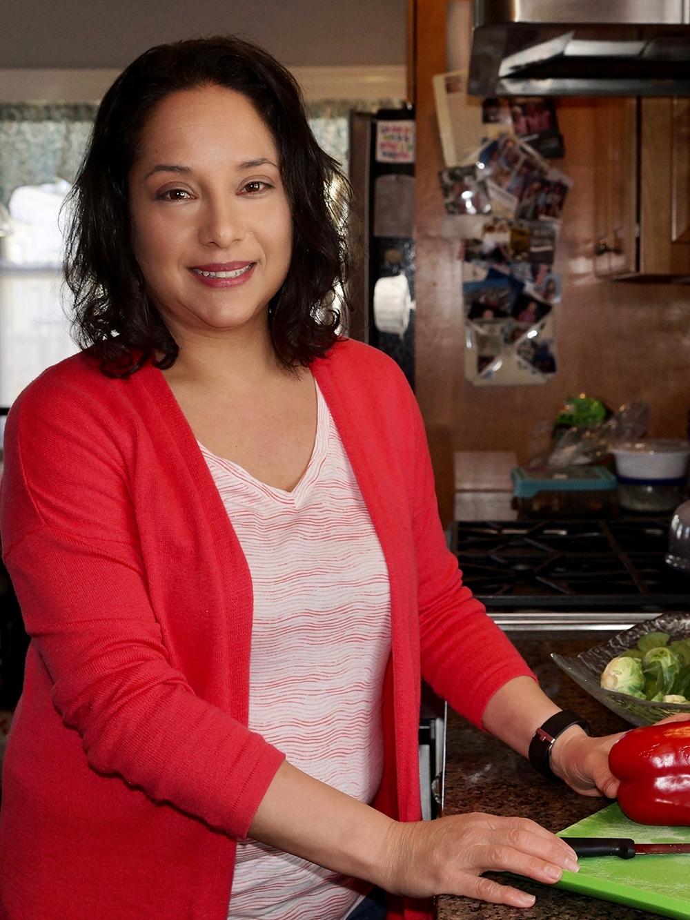 Julia, Food Expert