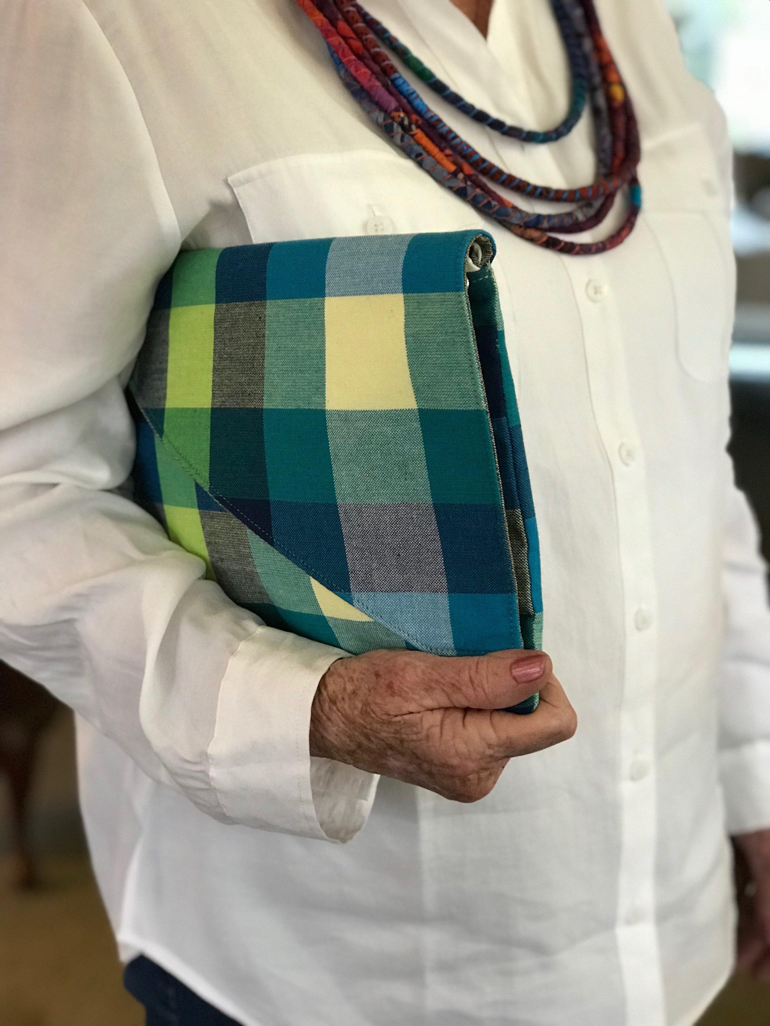 Handmade Clutch (Verse Bags)