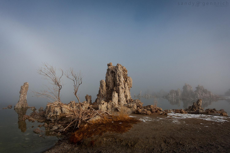 Winter Fog at Mono Lake2 - Lee Vining - CA