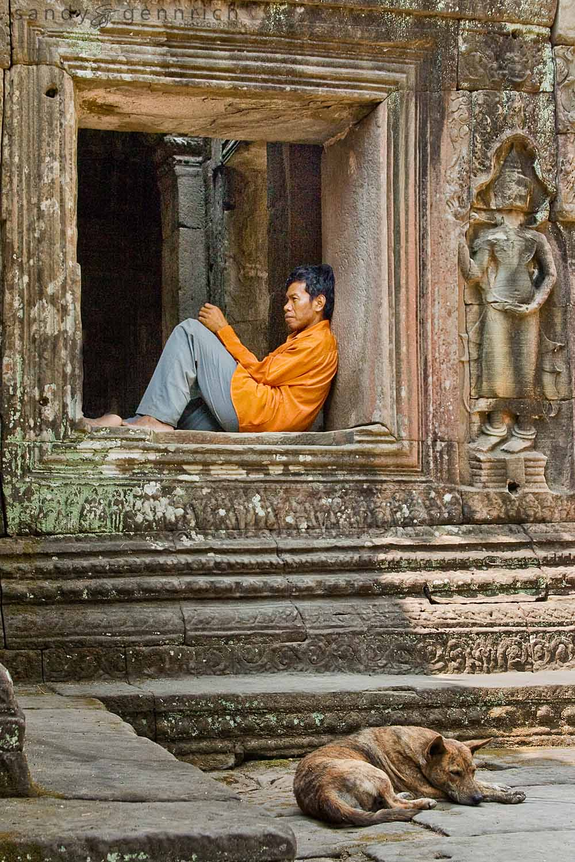 Contemplation - Banteay Kdei - Cambodia
