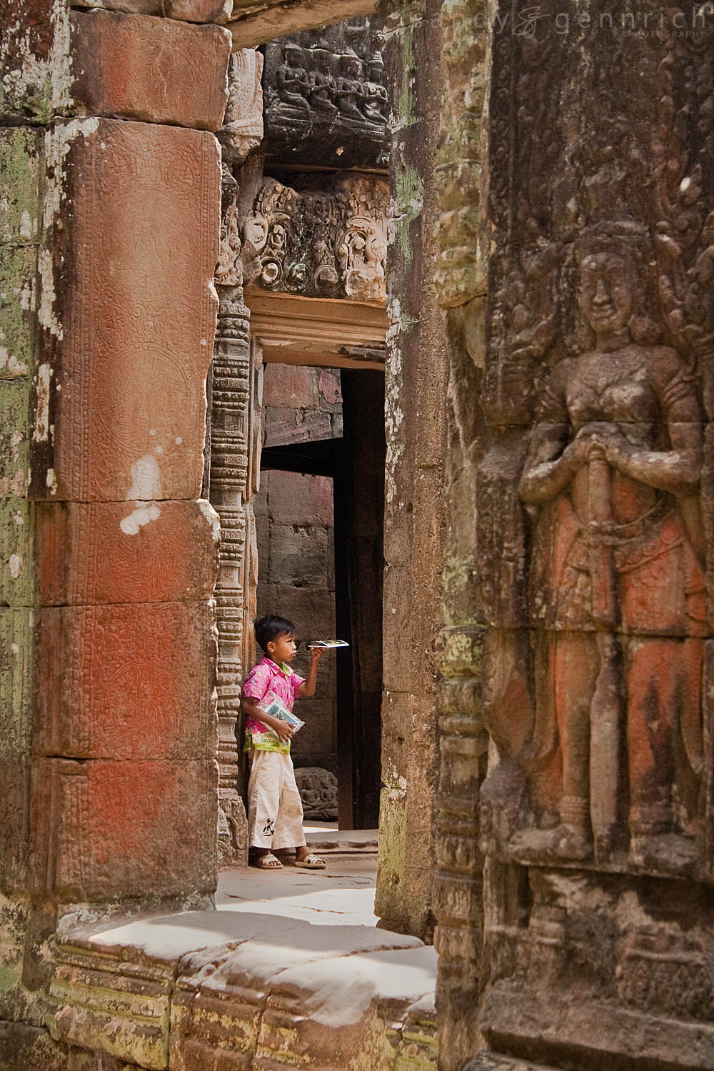 Making a Living - Banteay Kdei - Cambodia