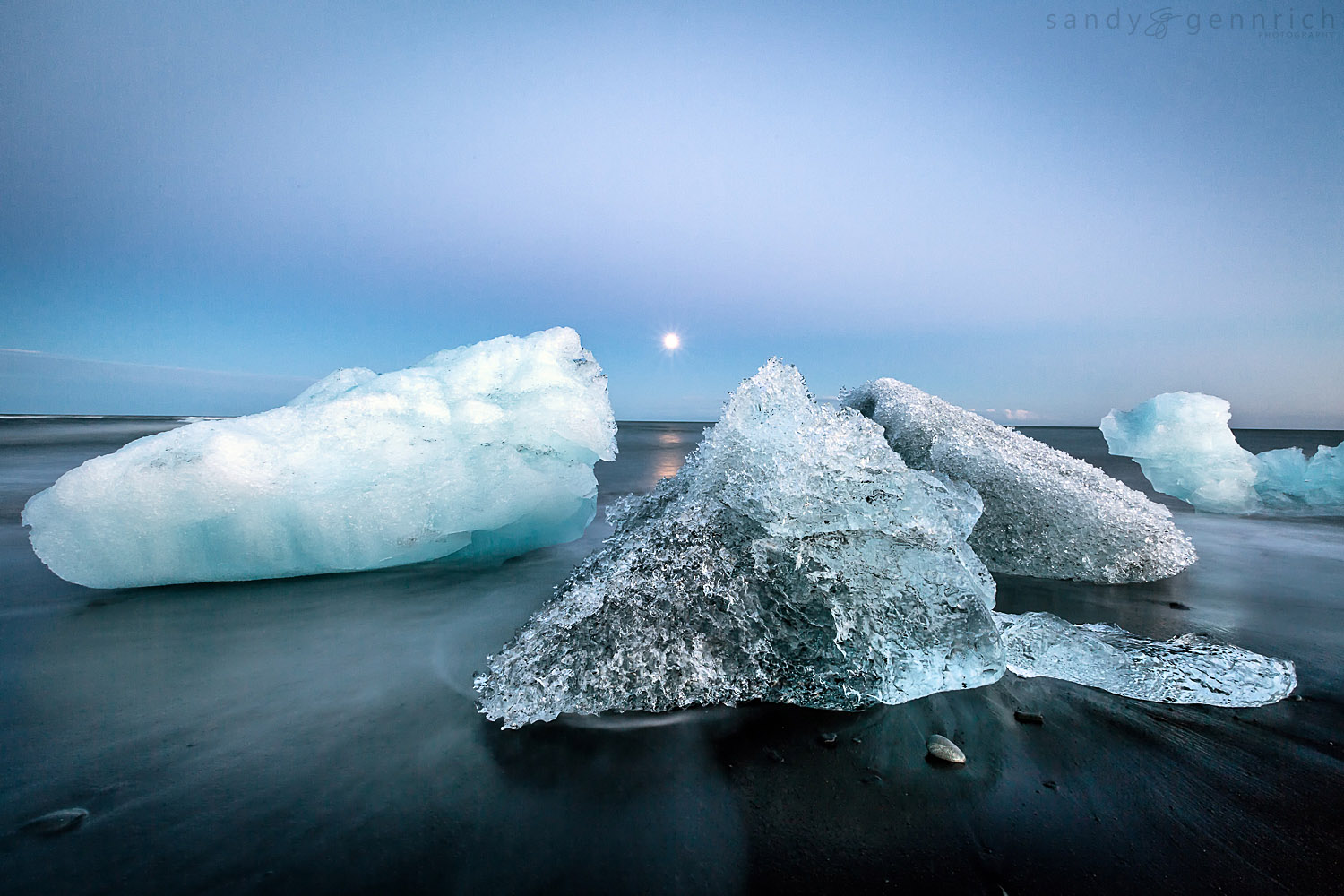 Conversation Around The Moon - Jokulsarlon - Iceland