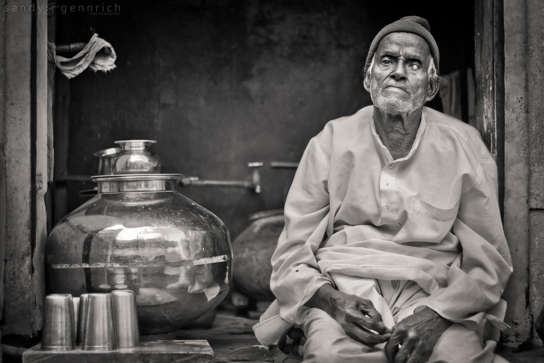 One Blind Eye - Udaipur - Rajastan - India