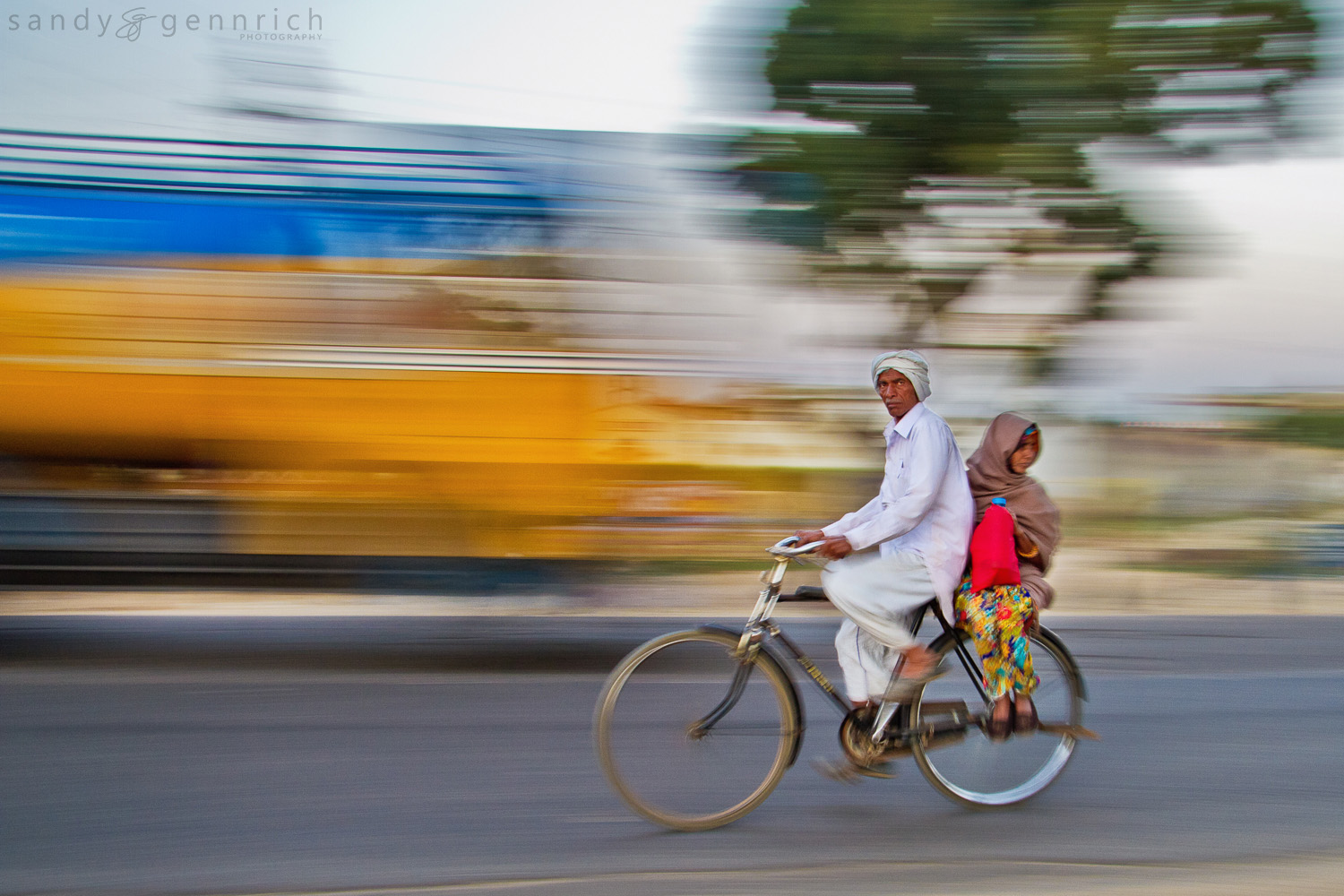 Biking Home - India in Motion - Jaipur - India