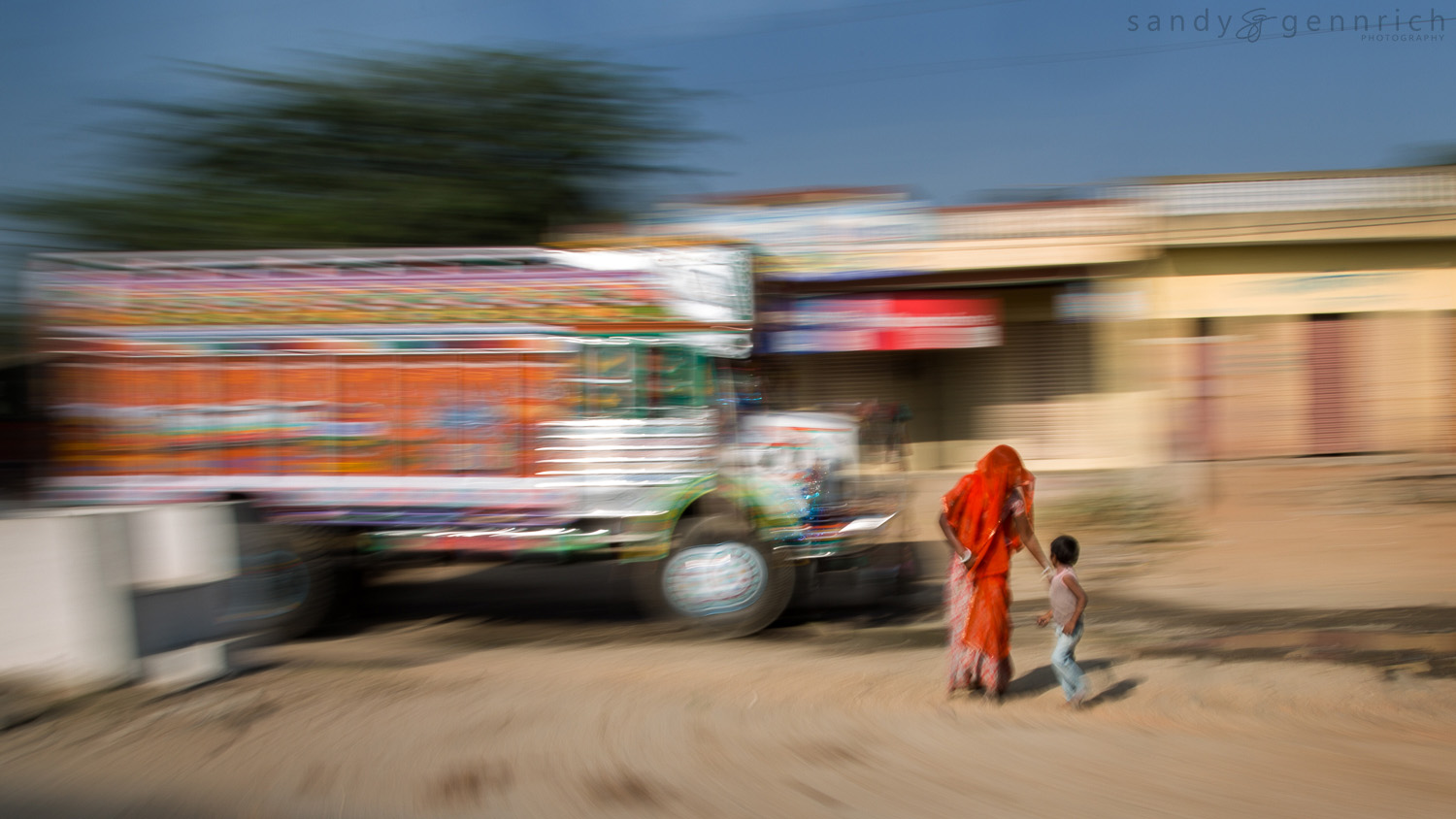 Roadside-India in Motion-Rajastan-India