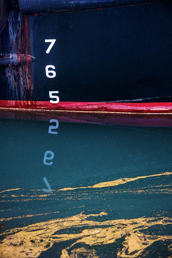Floating-updated-20100605-78-AK-Seward