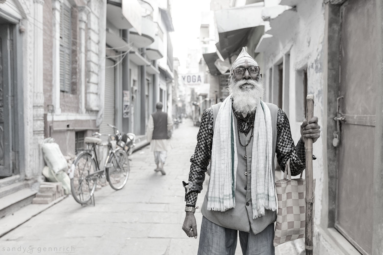 Dignity-India-Varanasi