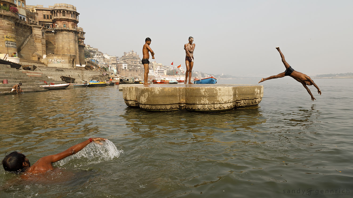 Life on the Ganga-India-Varanasi