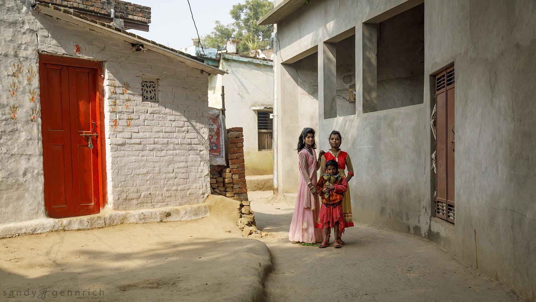 Three Girls-India-Varanasi