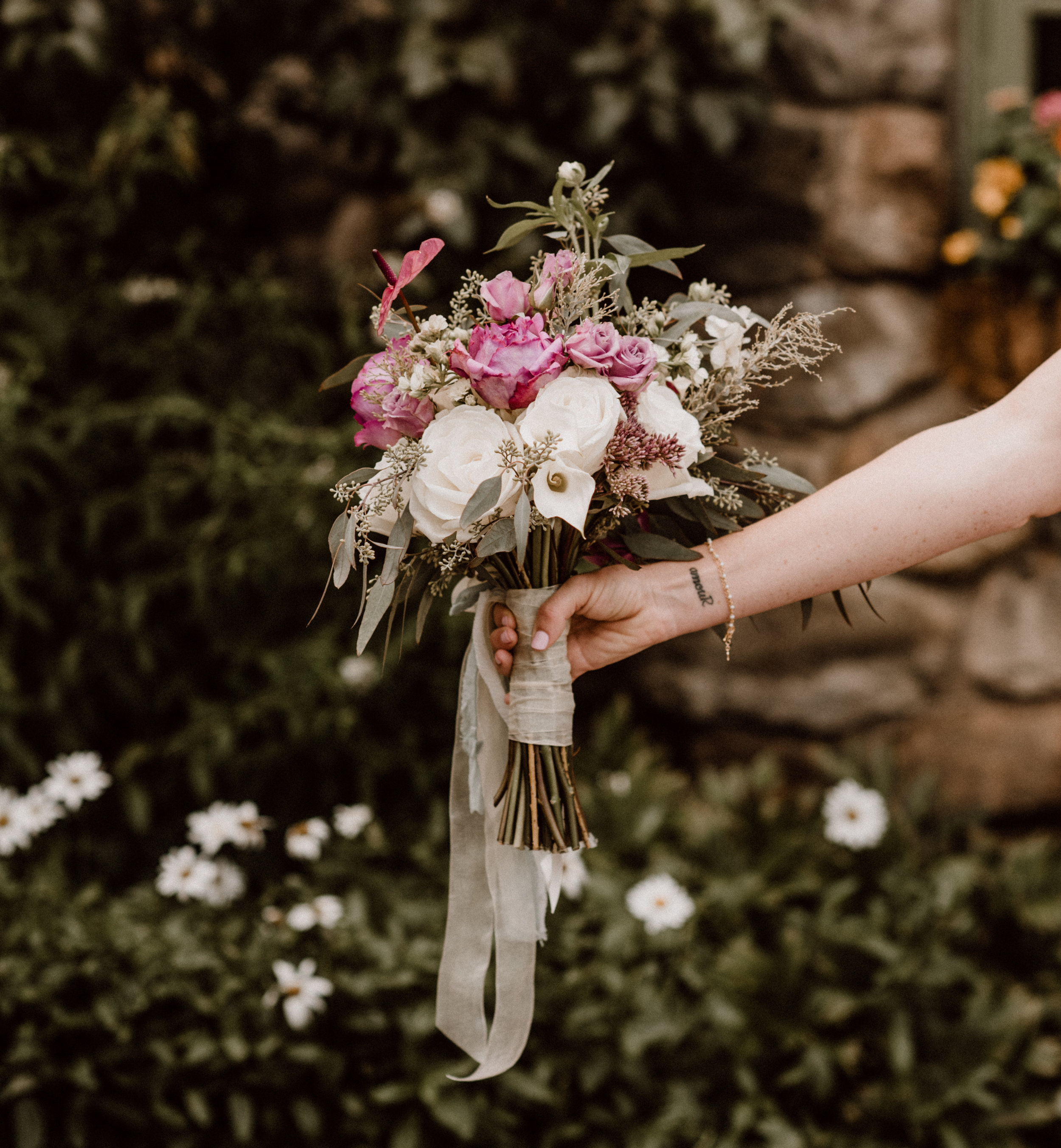 Side view of bouquet  photo by @emilyteresaphotography