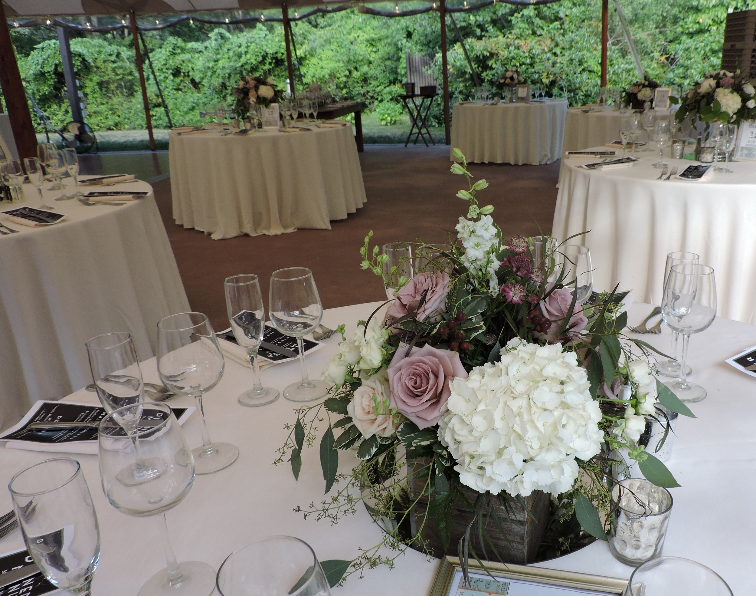 Amnesia roses with white hydrangeas in rustic gray wooden box create the perfect centerpiece for a wedding at Willowdale Estate, by Maureen Christmas AIFD CFD EMC of Floral Notes, Acton, MA