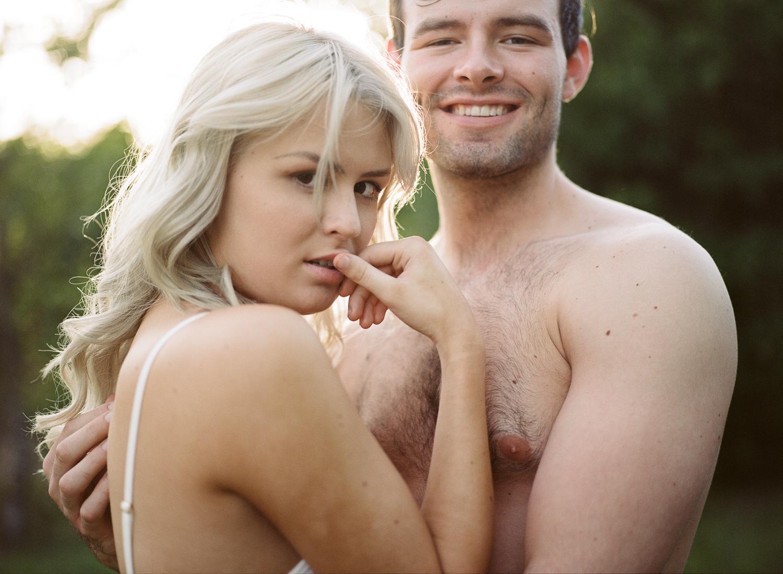 couple_boudoir_lafemme-17.jpg