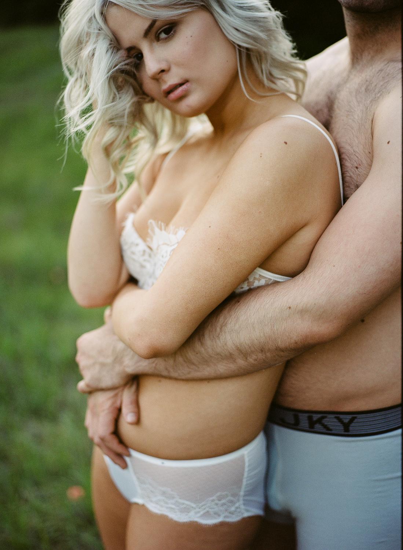 couple_boudoir_lafemme-23.jpg
