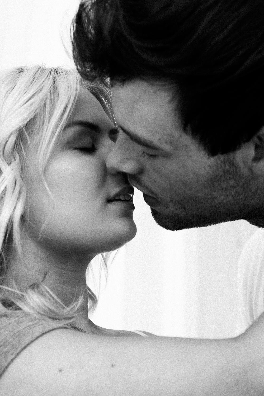 couple_boudoir_lafemme.jpg