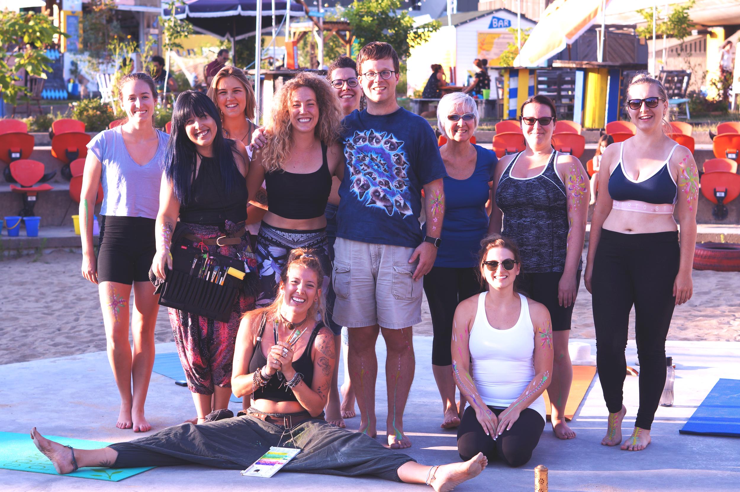 Merci ! - Nous sommes très fières de notre première expérience de Yoga Chromatique. Un gros merci aux participants qui nous ont partagé leur expérience et leur énergie !