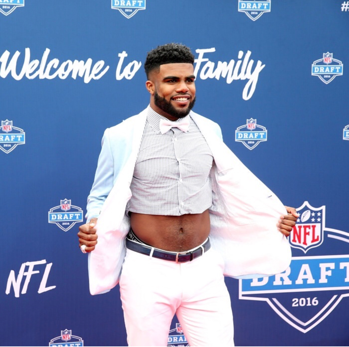 Ezekiel Elliott - NFL