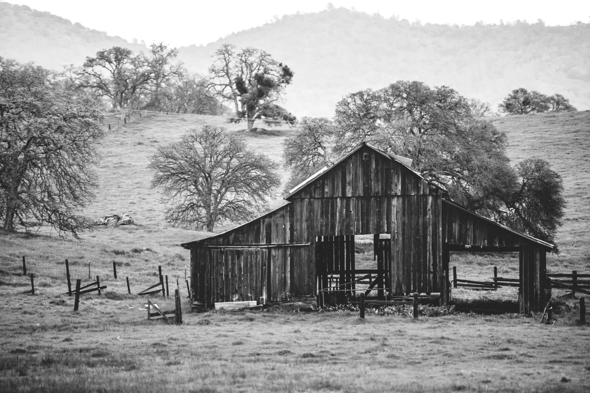 Old Barn off of 140 enroute to Yosemite