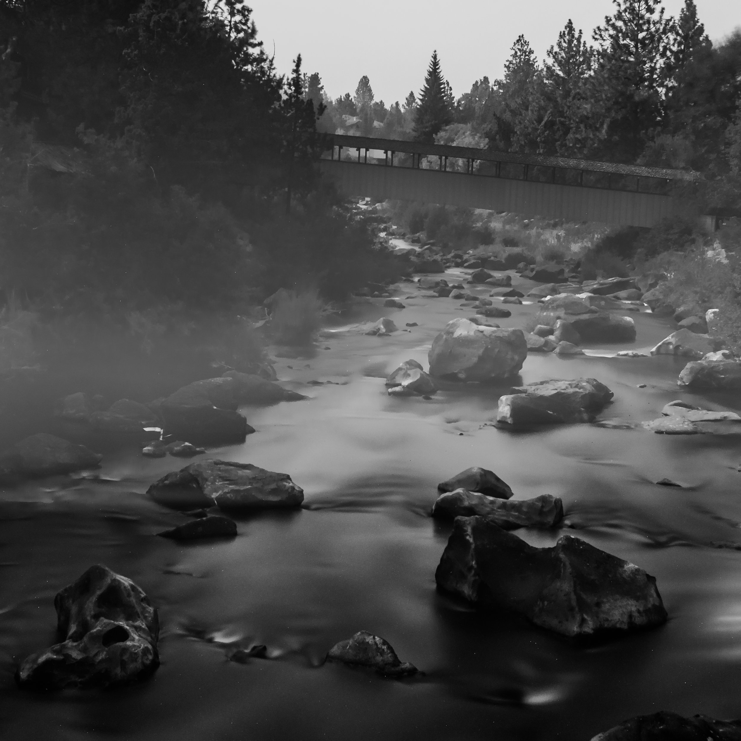 Under the bridge, Bend, OR (ISO 200, f/11, 294.0s)