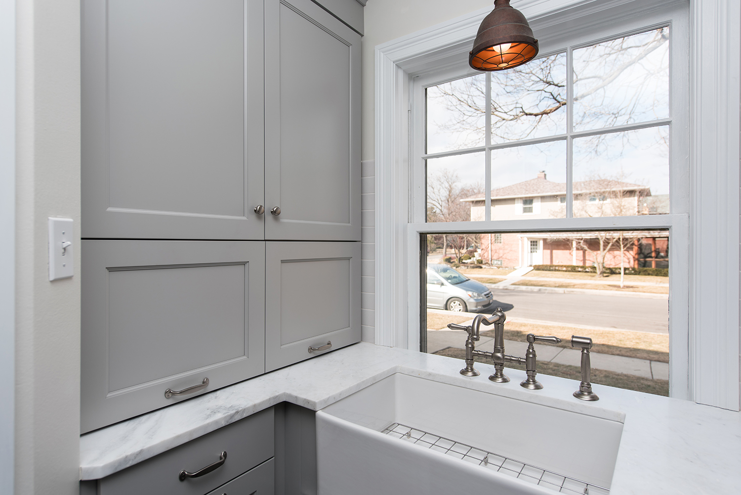Modern-Country-Kitchen-Cabinet-Closed.jpg
