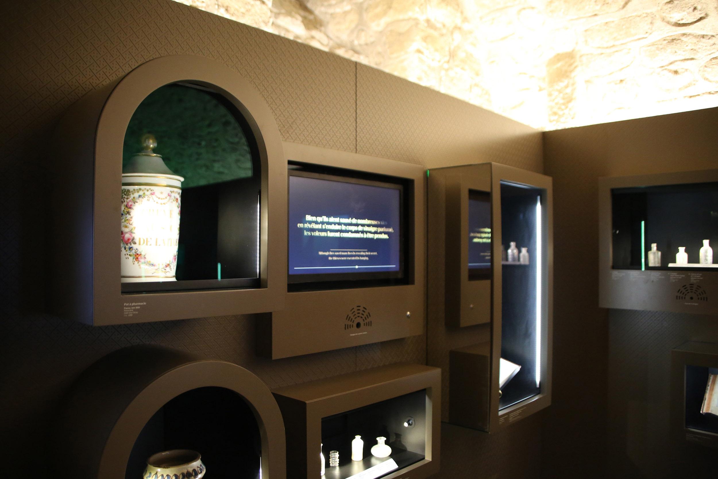 MUSEE PARFUM PARIS 020.JPG