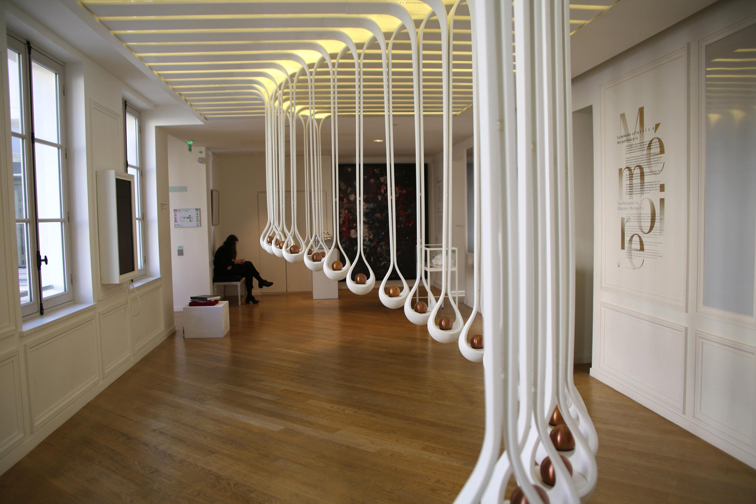 MUSEE PARFUM PARIS 093.JPG
