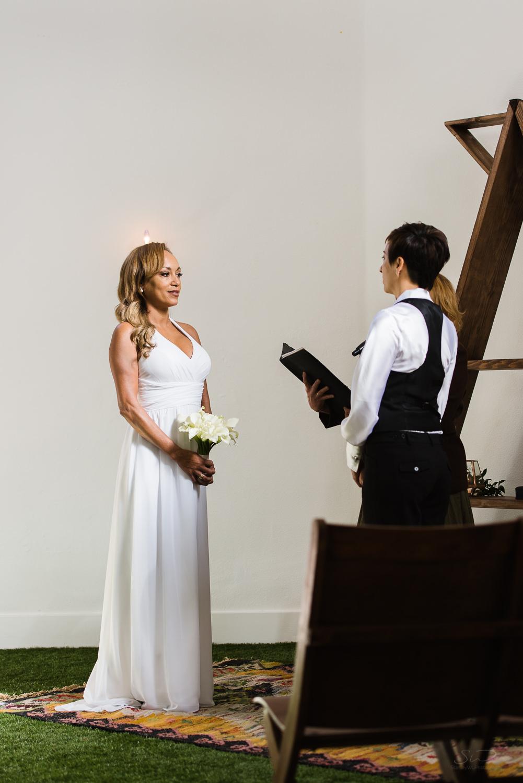 love-wins-out-los-angeles-highland-park-wedding-photography-york-manor-12.jpg