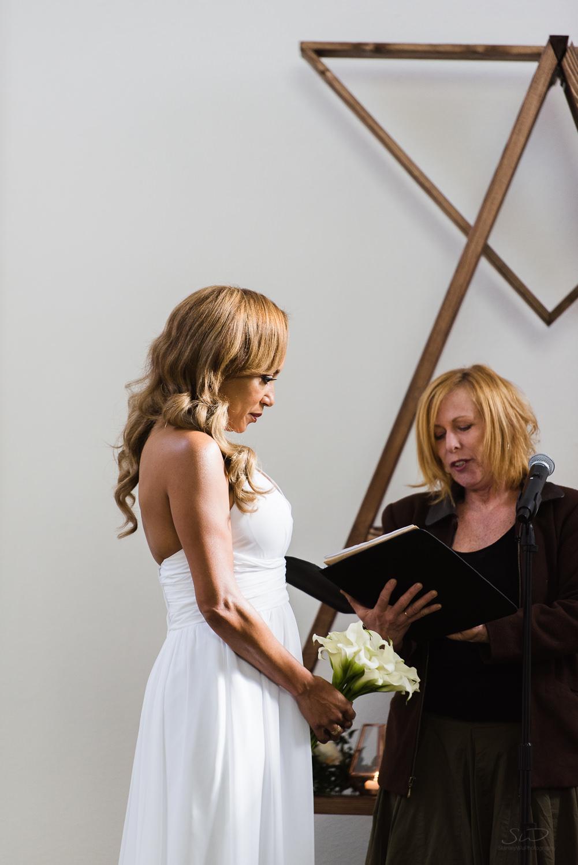 love-wins-out-los-angeles-highland-park-wedding-photography-york-manor-14.jpg