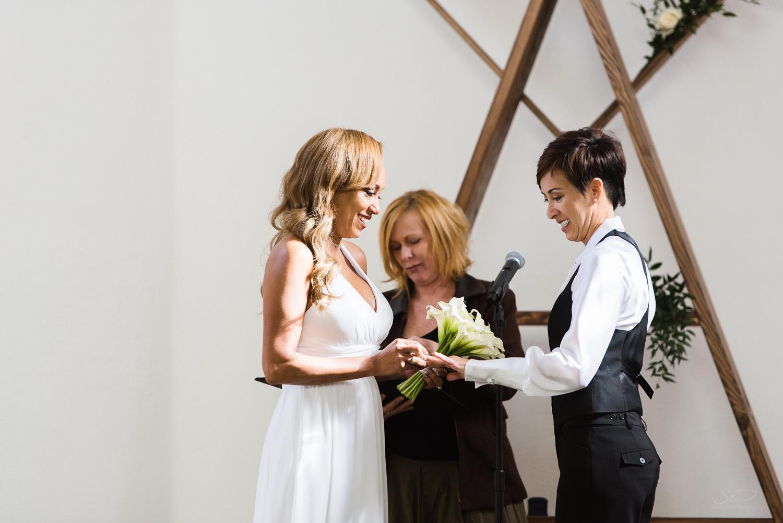 love-wins-out-los-angeles-highland-park-wedding-photography-york-manor-16.jpg