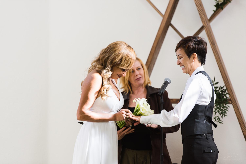 love-wins-out-los-angeles-highland-park-wedding-photography-york-manor-17.jpg