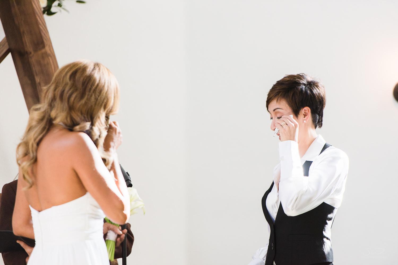 love-wins-out-los-angeles-highland-park-wedding-photography-york-manor-19.jpg