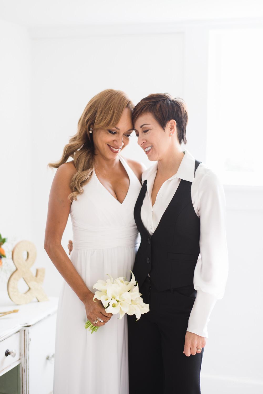love-wins-out-los-angeles-highland-park-wedding-photography-york-manor-25.jpg