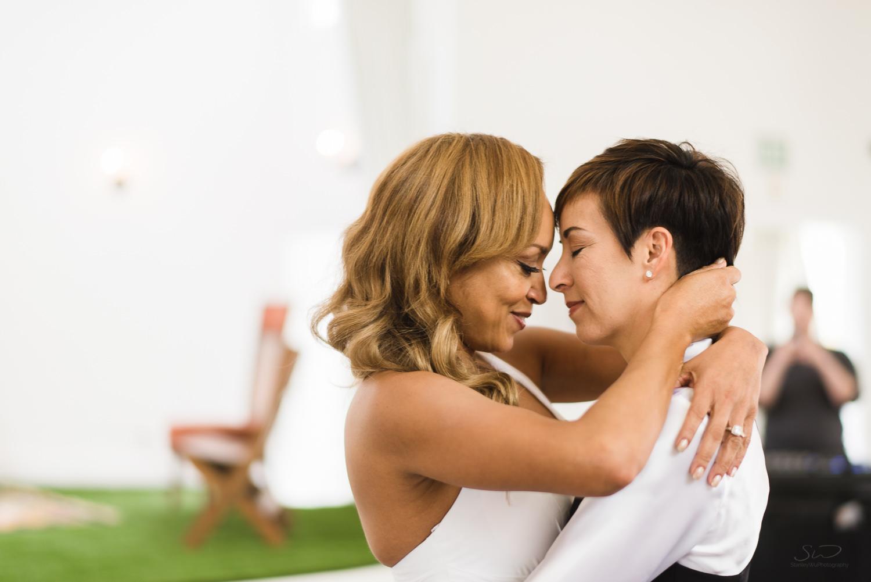 love-wins-out-los-angeles-highland-park-wedding-photography-york-manor-31.jpg