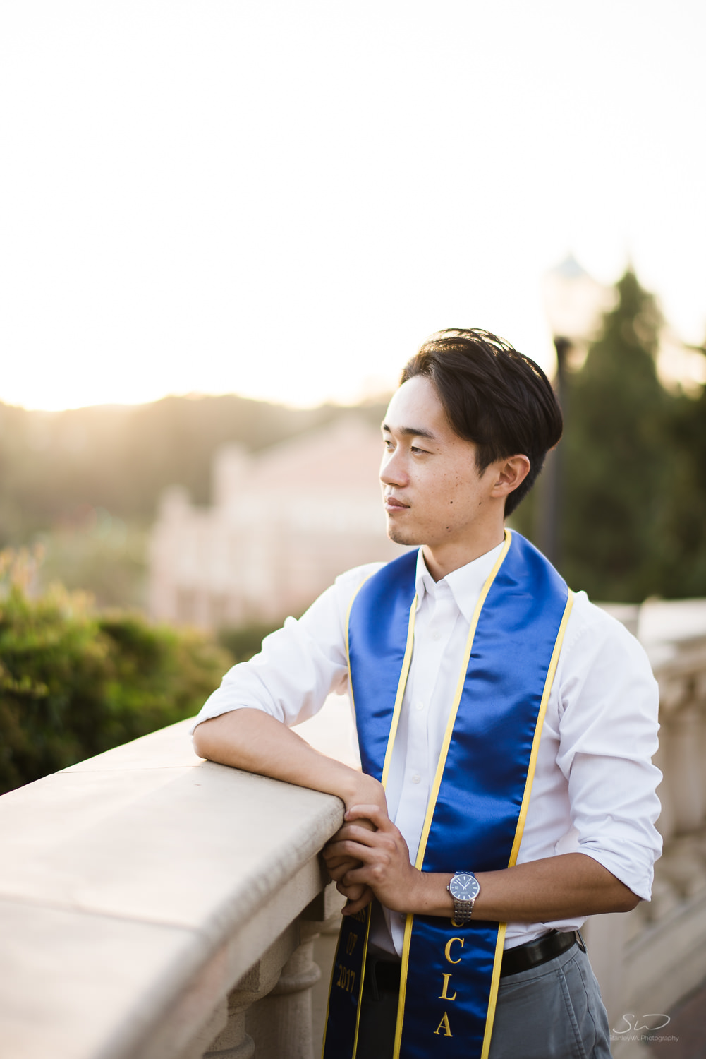 Copy of Copy of beautiful sunset portrait of college guy looking off into distance | Stanley Wu Photography | Los Angeles | Graduation Portraits | UCLA, USC, LMU, Pepperdine, CSULA, CSUN, CSULB, UCI, UCSD