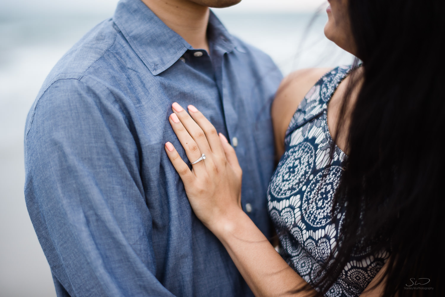 downtown-santa-monica-pier-and-beach-engagement-stanley-wu-photography-los-angeles-portrait-and-wedding-photographer-55.jpg