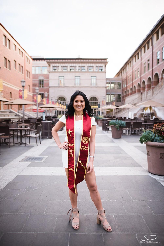 los-angeles-usc-graduation-senior-portraits_0003.jpg