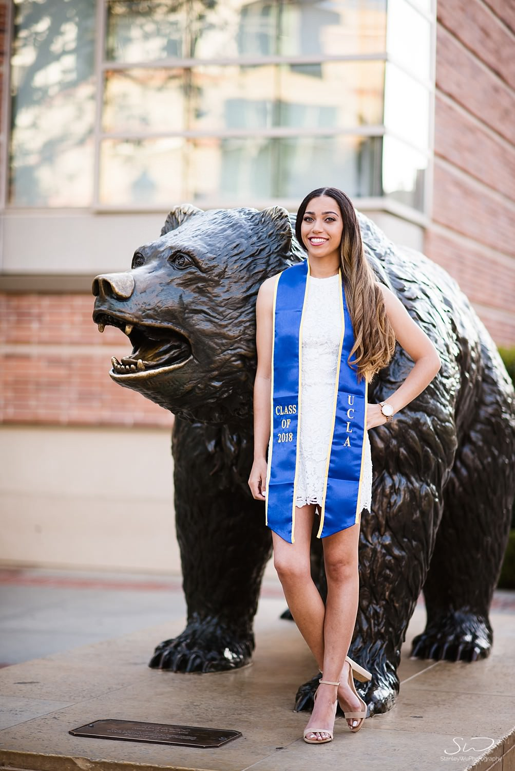 los-angeles-ucla-graduation-senior-portraits_0003.jpg