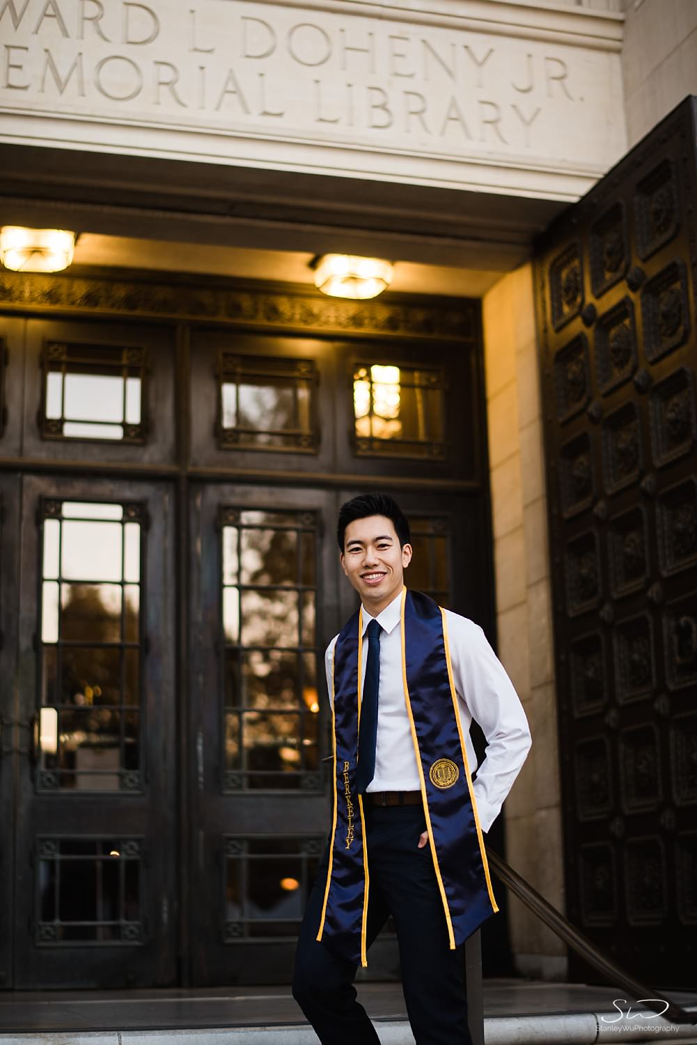 UC Berkeley Senior standing in front of Doheny Library USC | Los Angeles Graduation and Senior Portrait Photographer