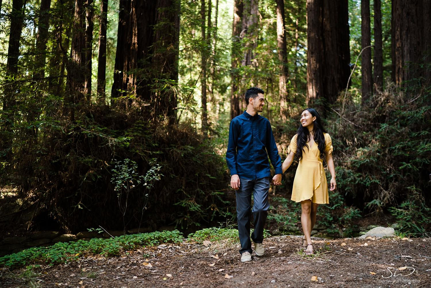 big-sur-travel-adventure-engagement-session_0018.jpg