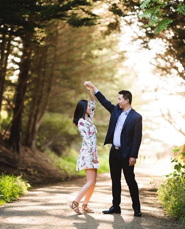 Darling, just hold my hand; be my girl, I'll be your man.⠀ I see my future in your eyes - Ed Sheeran, Perfect⠀ ⠀ ⠀ -⠀ -⠀ -⠀ #losangelesweddingphotographer #ocweddingphotographer ⠀ #SFwedding #bayarea #losangelesengagementphotographer #weddingphotography #justengaged #justmarried #weddinginspiration #engagementinspiration #engagementphotography #adventuresession #couplesphotography #theknot #weddingwire #couplegoal #danceshot #moripoint