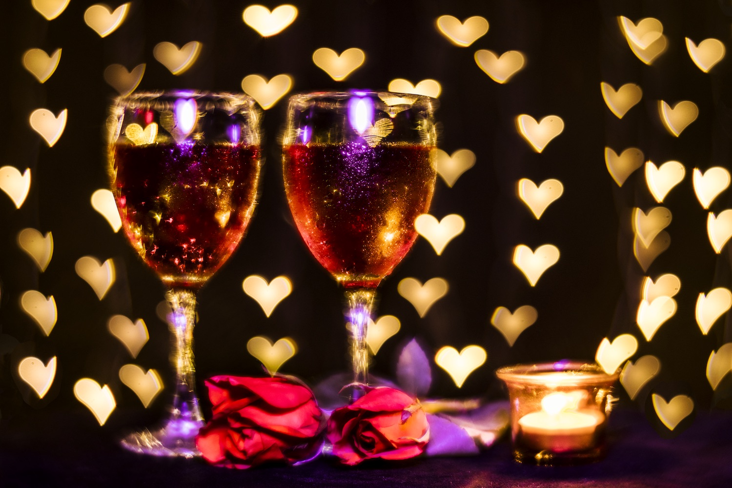 Hearts-and-Glasses-Tabletop.jpg