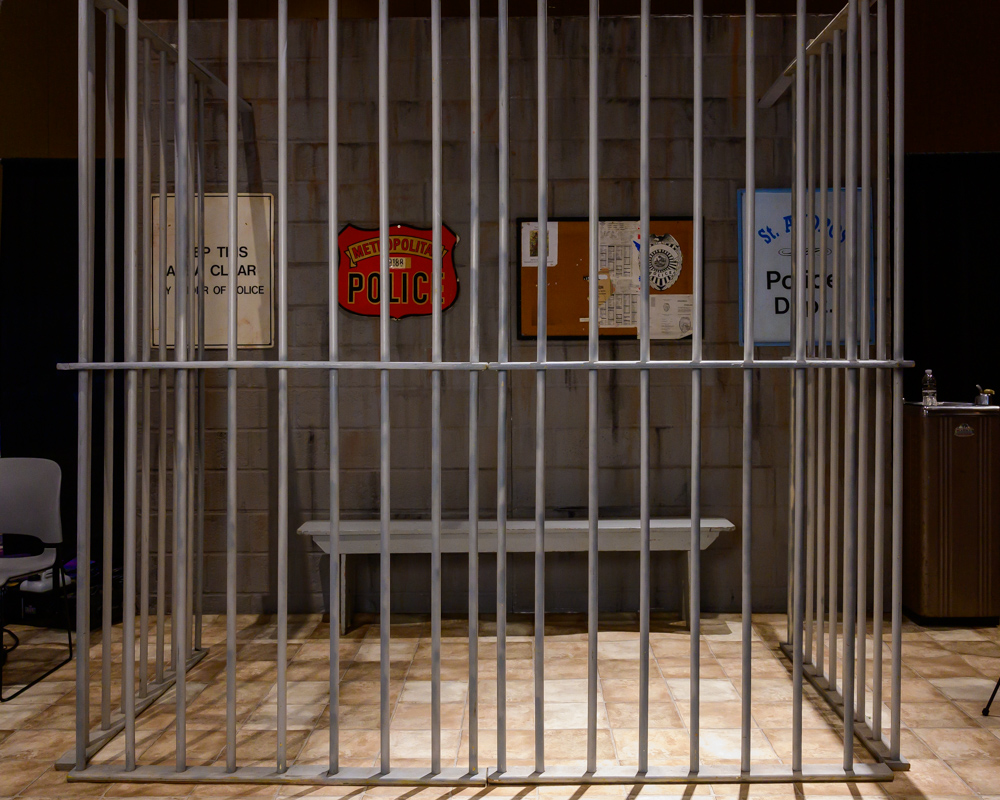 Spectacular Themes Jail Set
