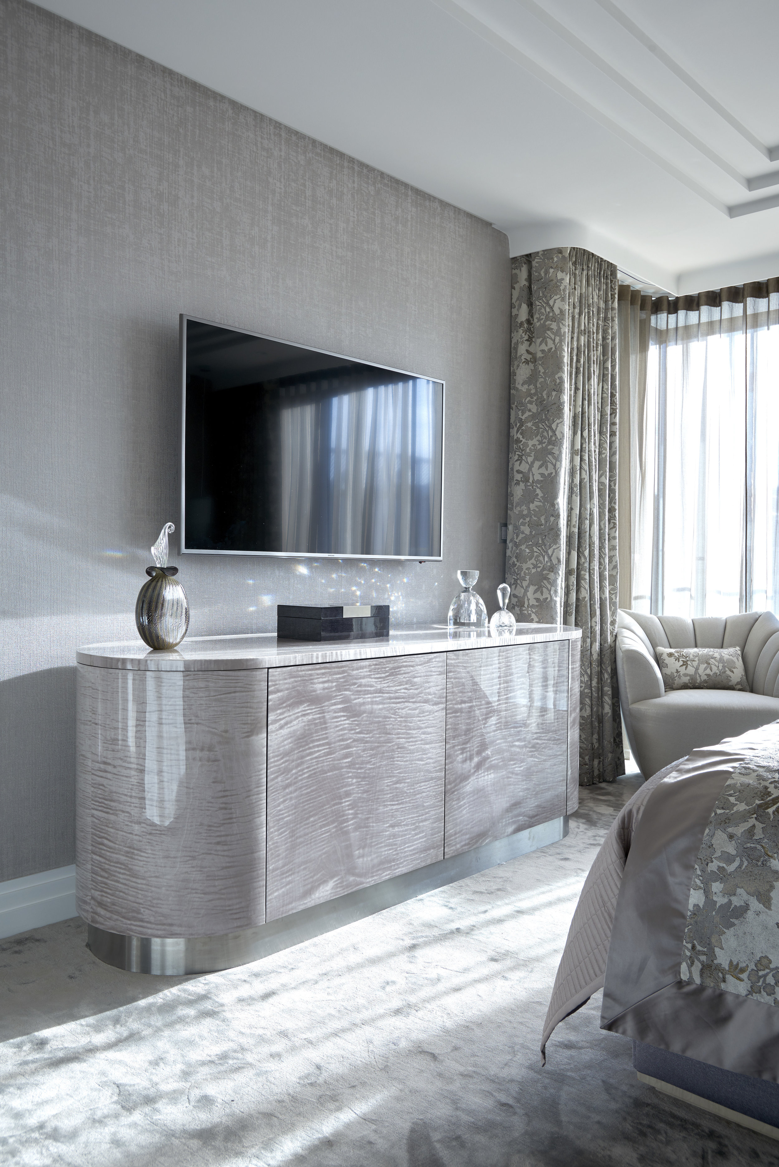 Main Bedroom_040_RT.jpg