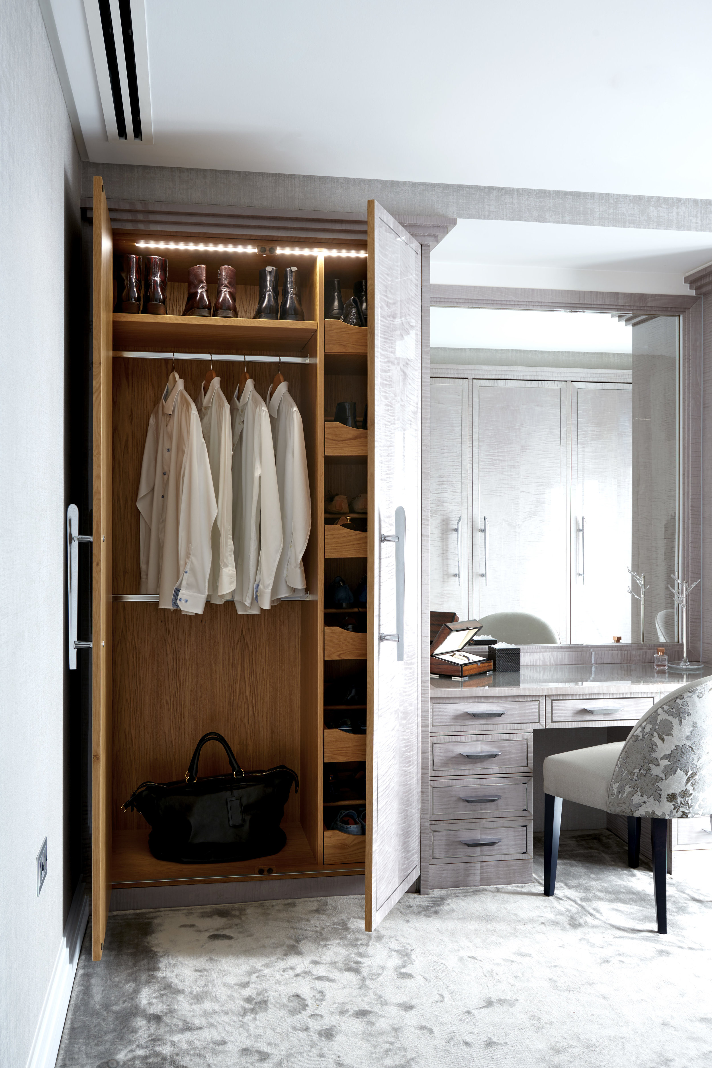 Main Bedroom_068_RT.jpg