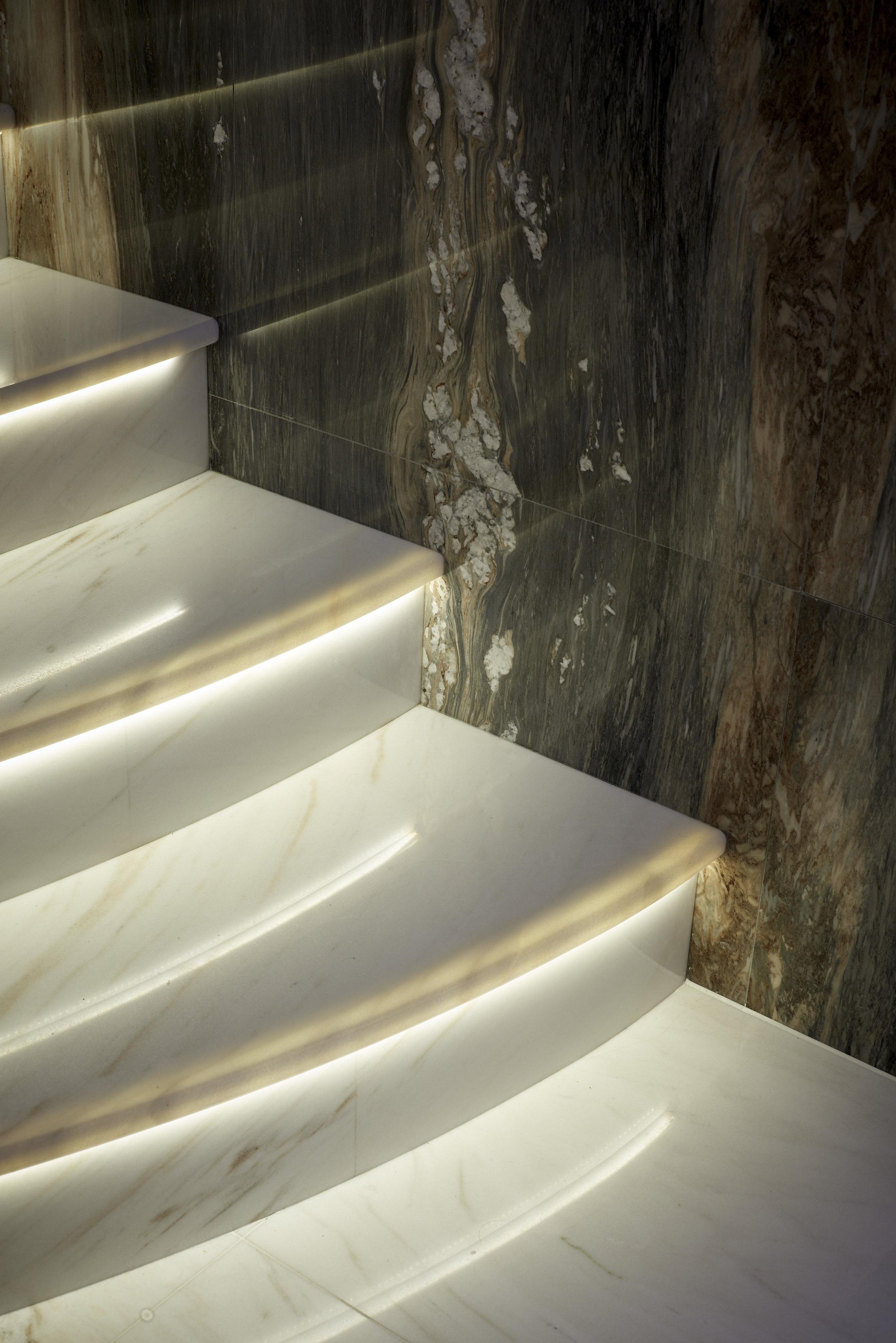 Stairs_358_RT.jpg
