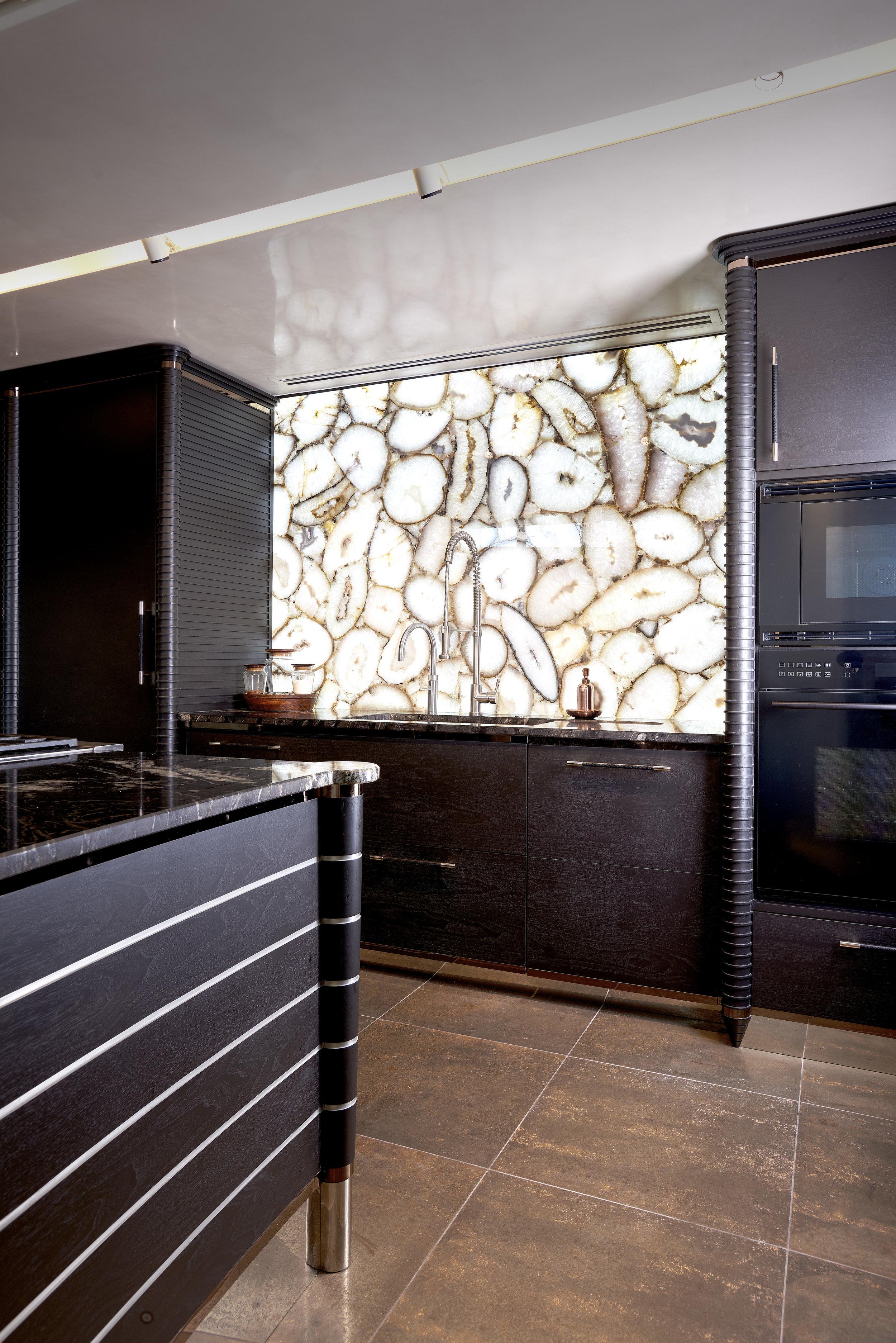 Kitchen_230_RT 1.jpg
