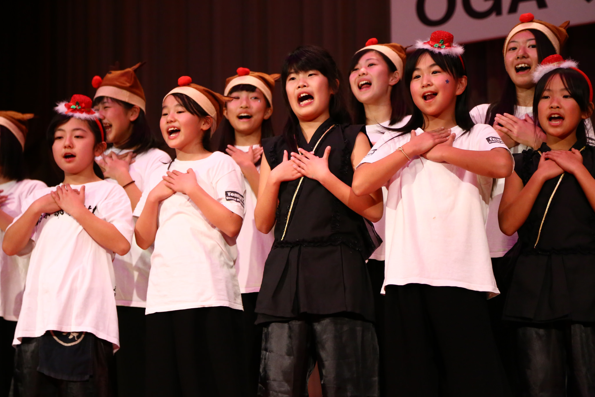 Local kids from Minami Sanriku sing their hearts out.