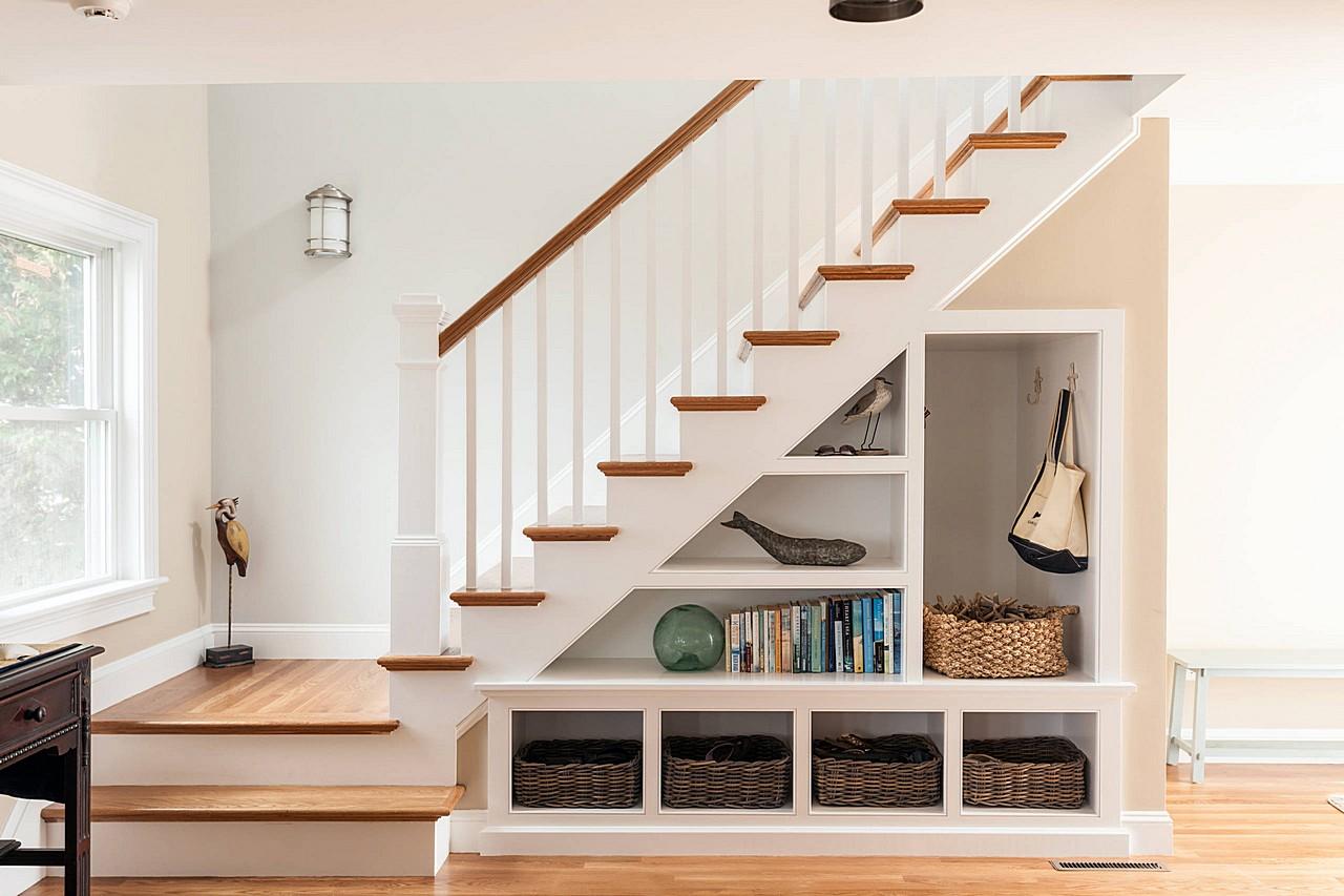 stairs_design_ideas_small_house973280156.jpg