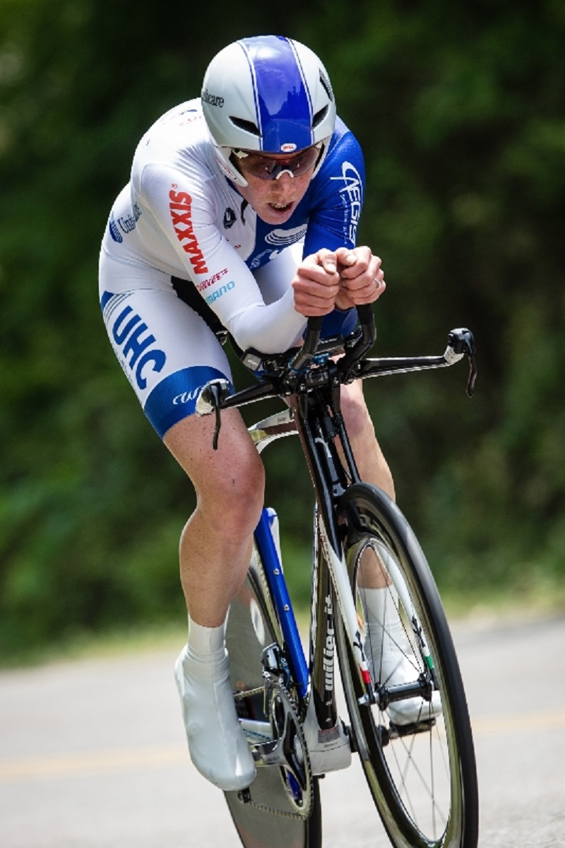 Alison Powers in route to winning the 2014 National TT