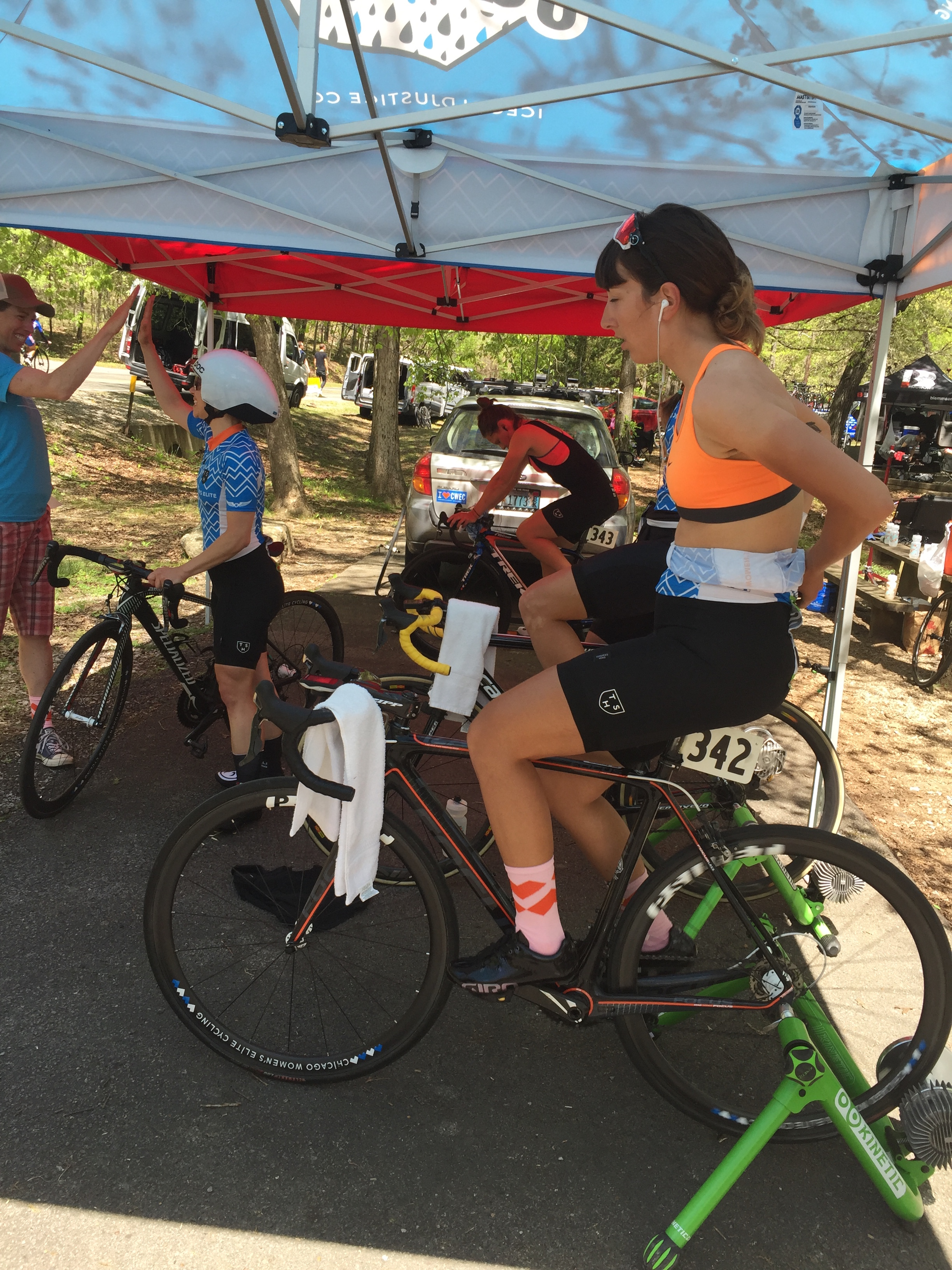 Chicago Women's Elite Cycling Team Warming up for the Time Trail at Joe Martin Stage Race